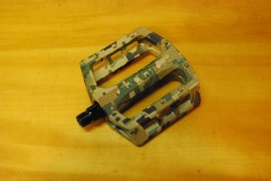 画像1: DEMOLITION  TROOPER PC PEDAL(CAMO)