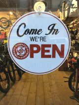 FIT/OPEN&CLOSED SIGN