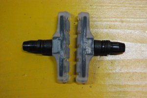 画像1: ODYSSEY SLIM BY FOUR BRAKE PADS (CLEAR)